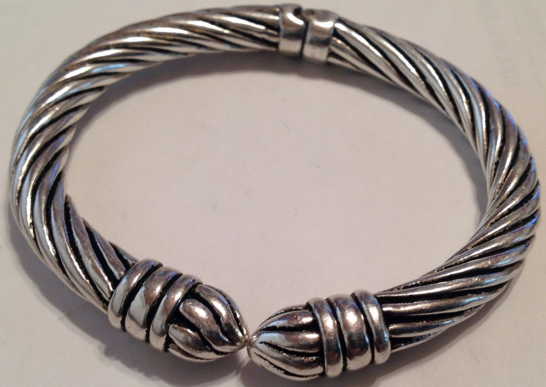 Estate Sterling Silver modernist hinged bracelet   (S)