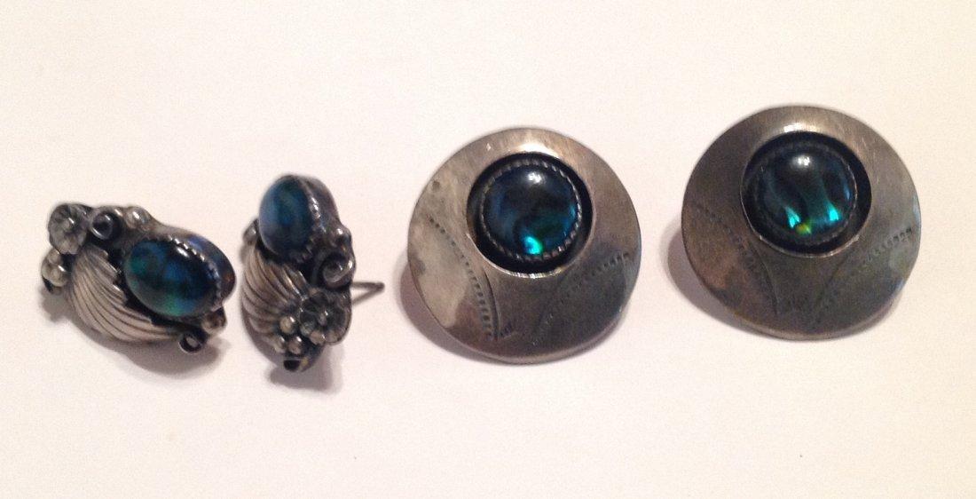 Estate VTG. Native American Sterling earrings (S)