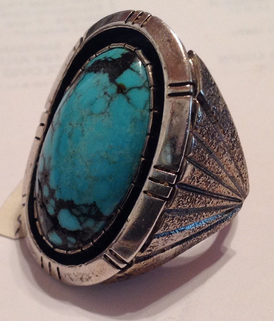 Estate Native American turquoise sterling ring ( T )
