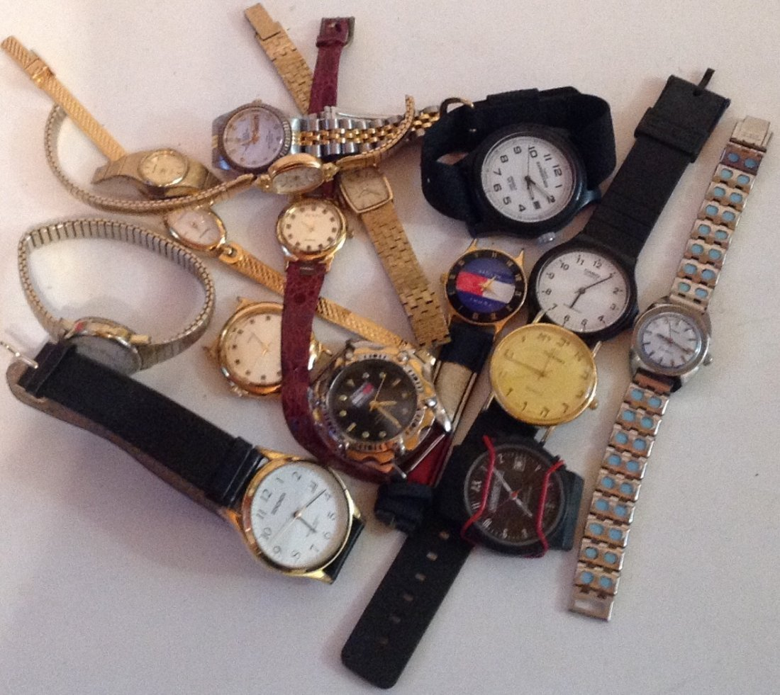 Estate vintage lot of assorted wristwatches (T)