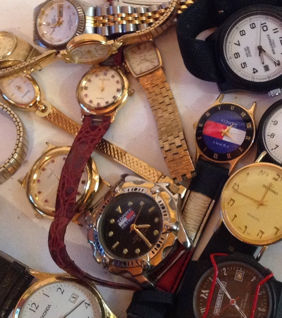 Estate vintage lot of assorted wristwatches (T) - 2