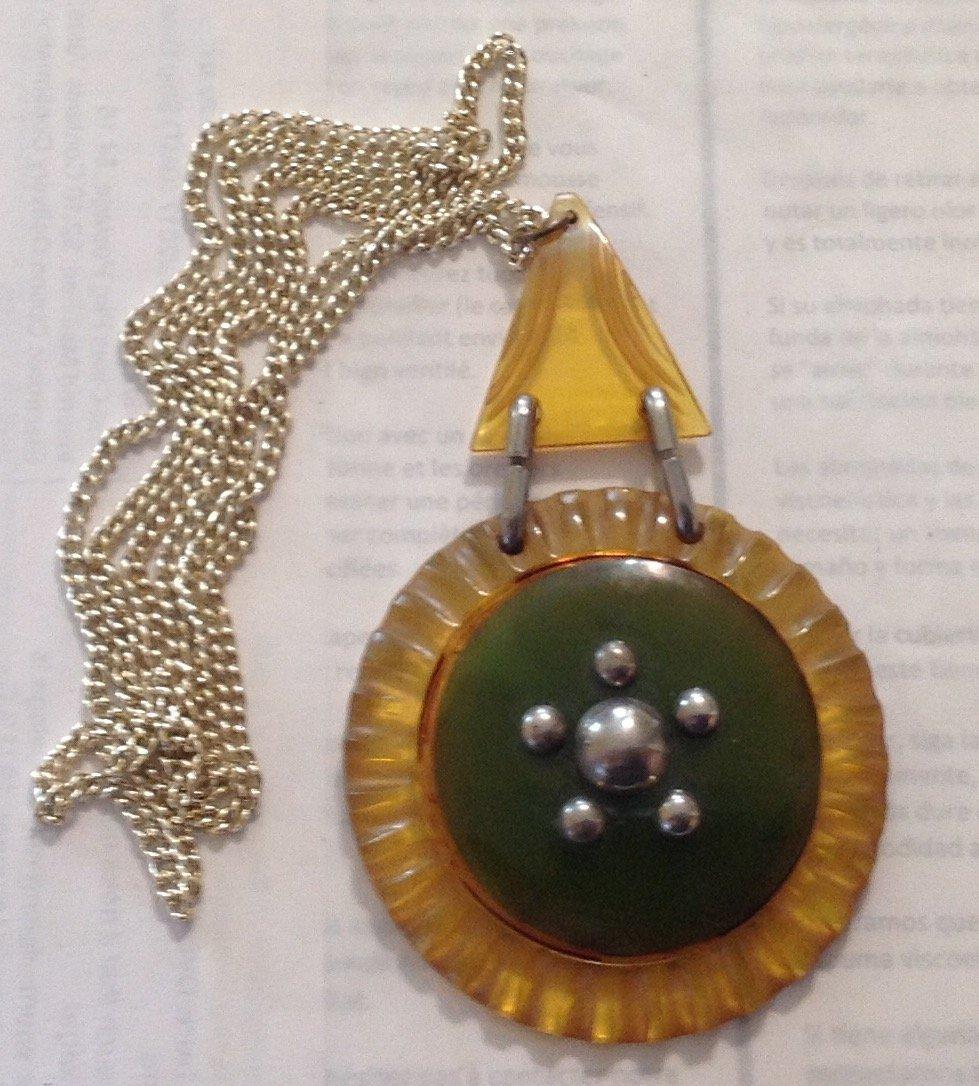 Estate vintage antique assorted jewelry (T)