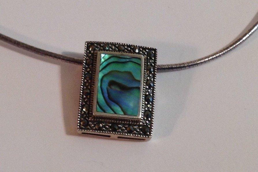 Vintage estate Sterling silver abalone  necklace (S)