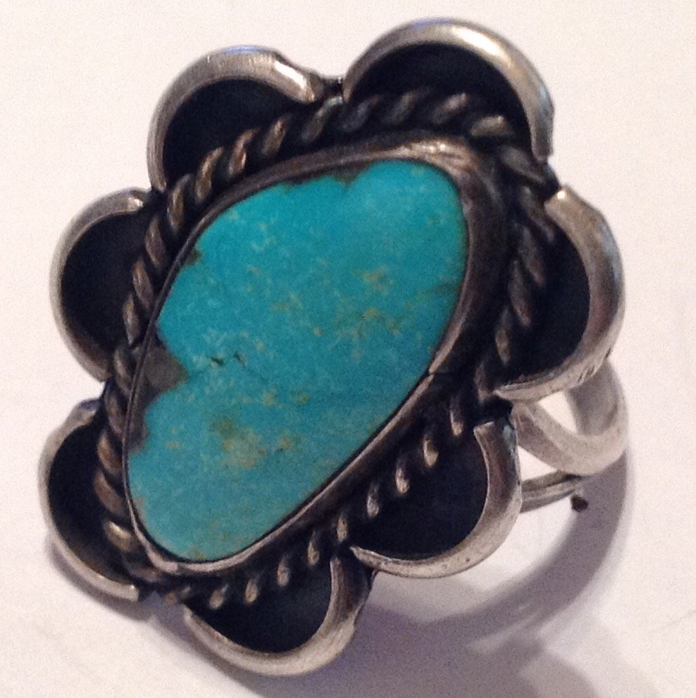 Estate native American Sterling turquoise ring (S)