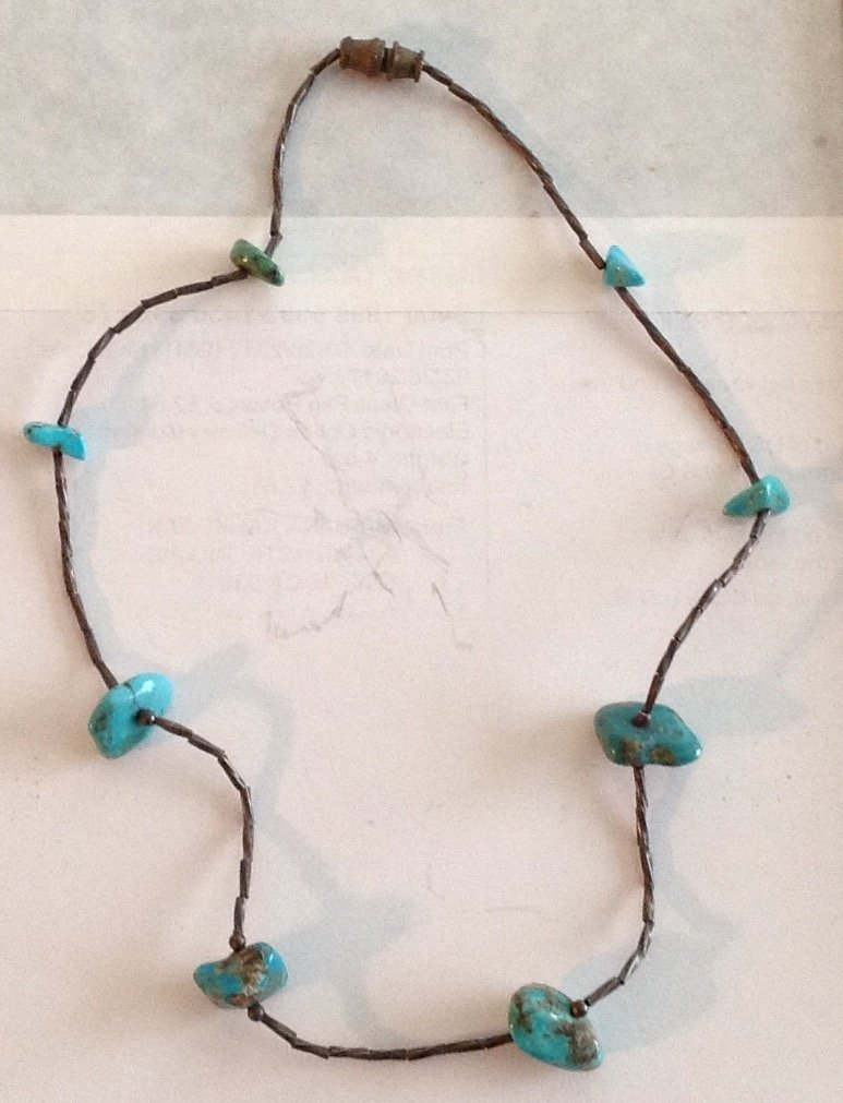 Estate Native old pawn Sterling Turquoise choker (T)