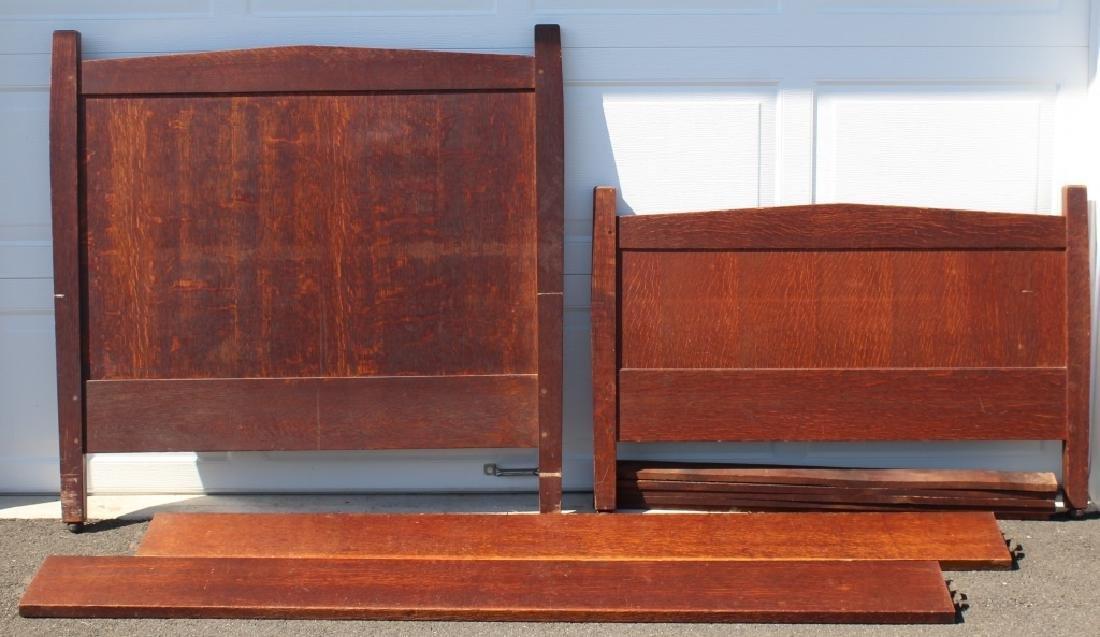 Gustav Stickley Atrib.  Model 912 twin bed