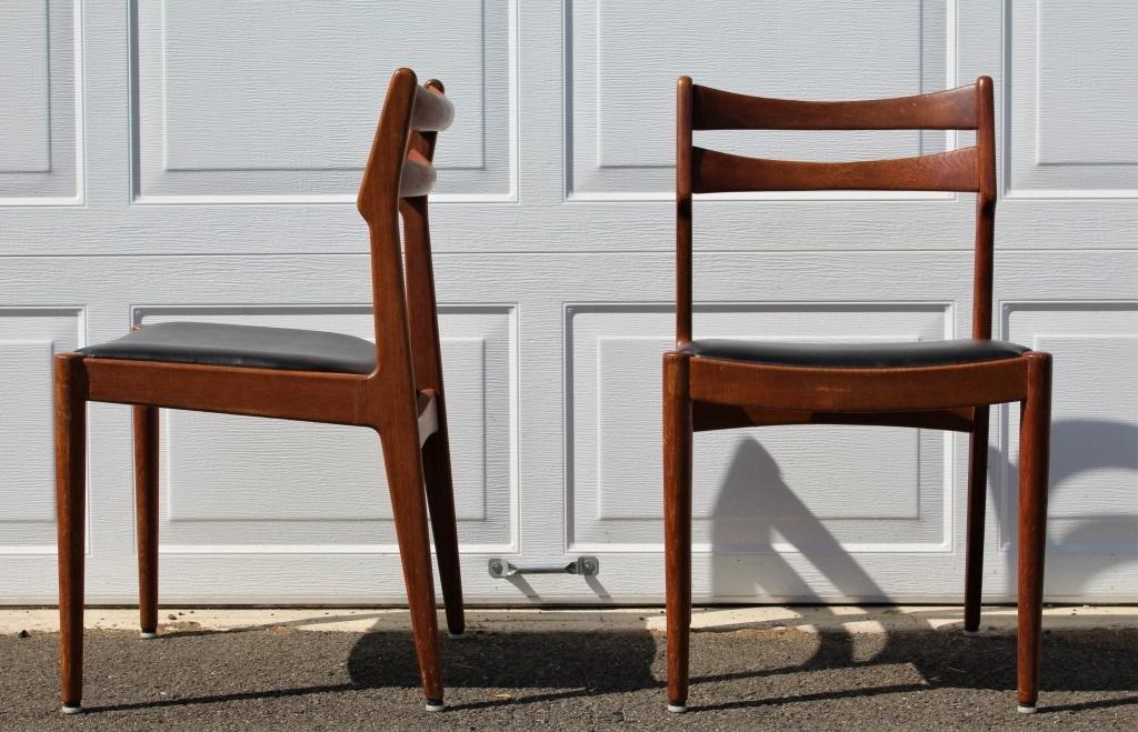 Danish Chairs, Vano