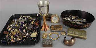 Two tray lots with miscellaneous jewelry silver