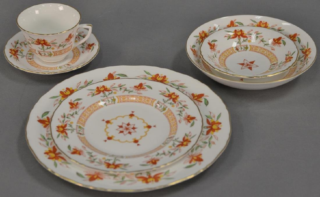 Royal Worcester Chamberlain porcelain dinnerware set as