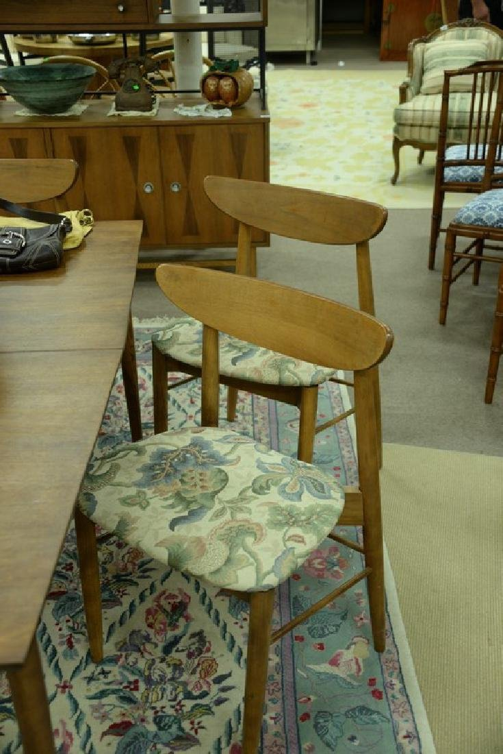 Stanley table and chair set, Finn Juhl style chairs and - 4