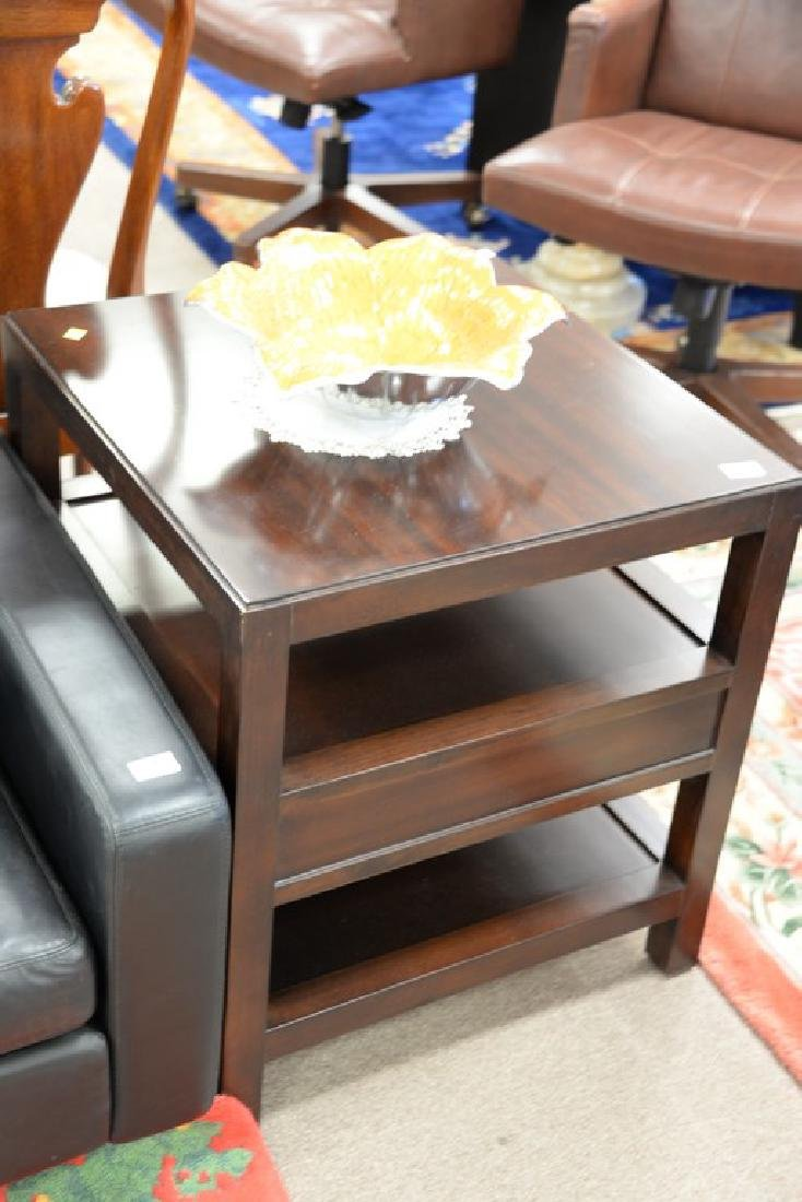 """Pair of Bernhardt mahogany tables. ht. 26in., top: 24"""" - 3"""