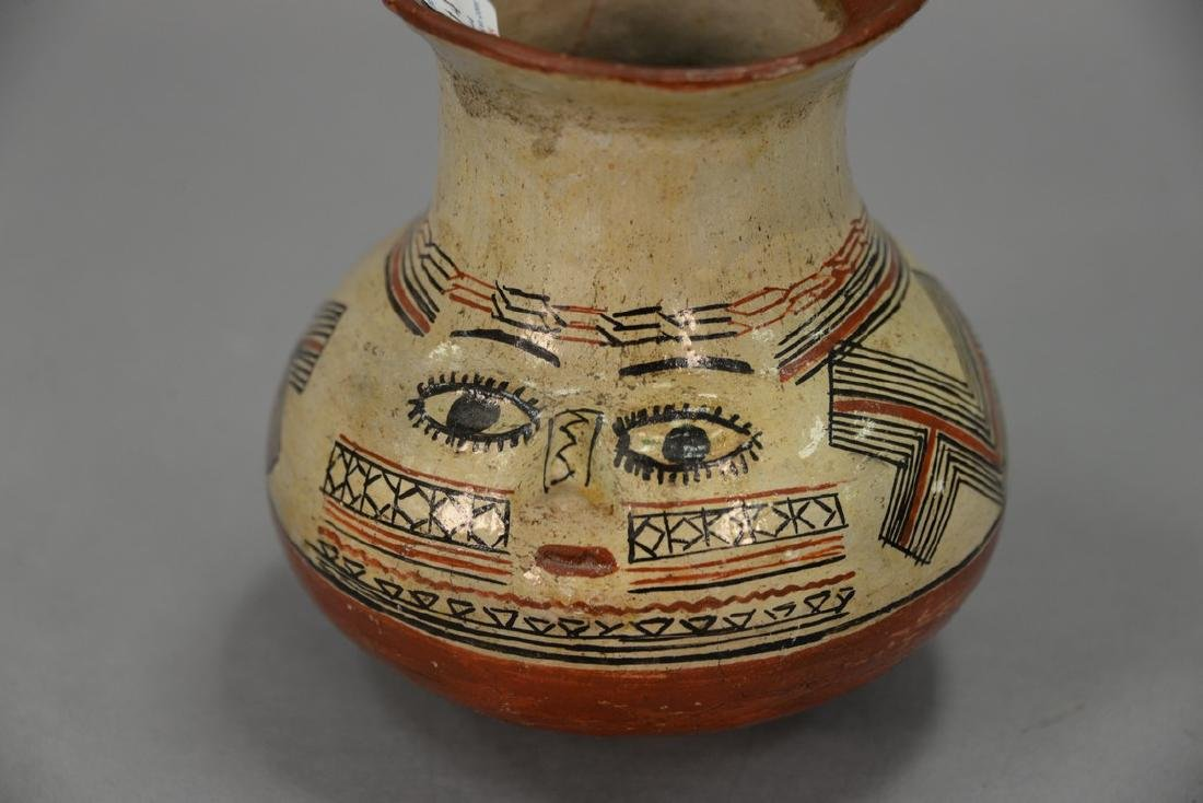 Indian pottery vase, possibly Shipibo polychrome with a - 4