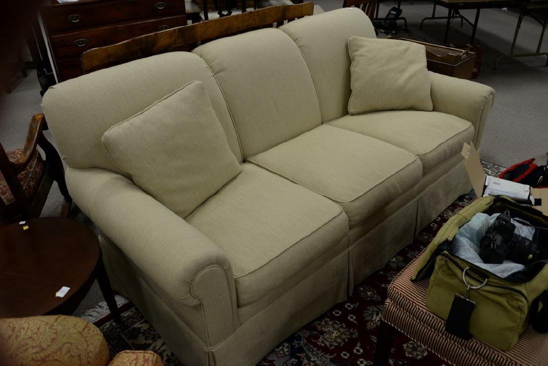 Kittinger upholstered sofa. wd. 74in. - 2