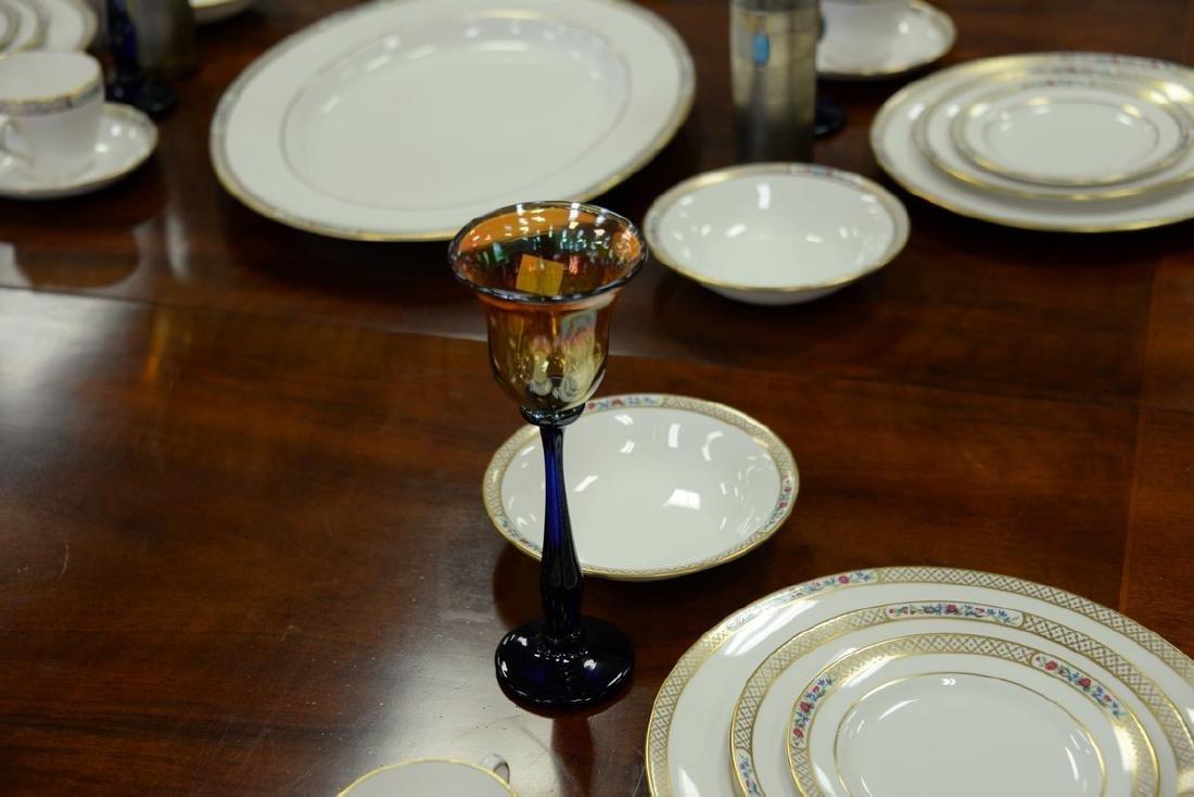 Set of thirteen Rick Strini art glass stemware, amber - 5