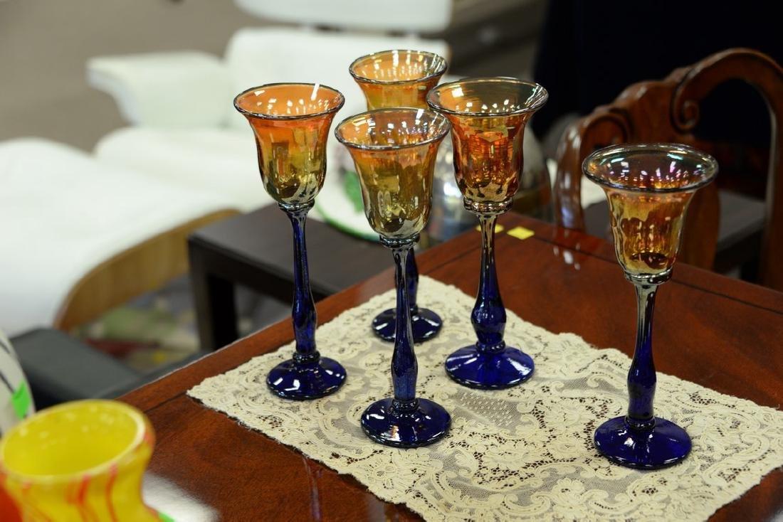 Set of thirteen Rick Strini art glass stemware, amber - 6