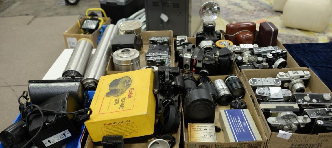 Six box lots: Camera and darkroom equipment lot to