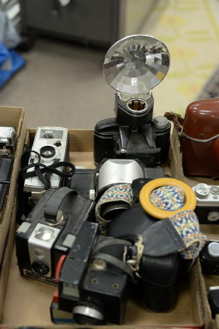 Six box lots: Camera and darkroom equipment lot to - 4
