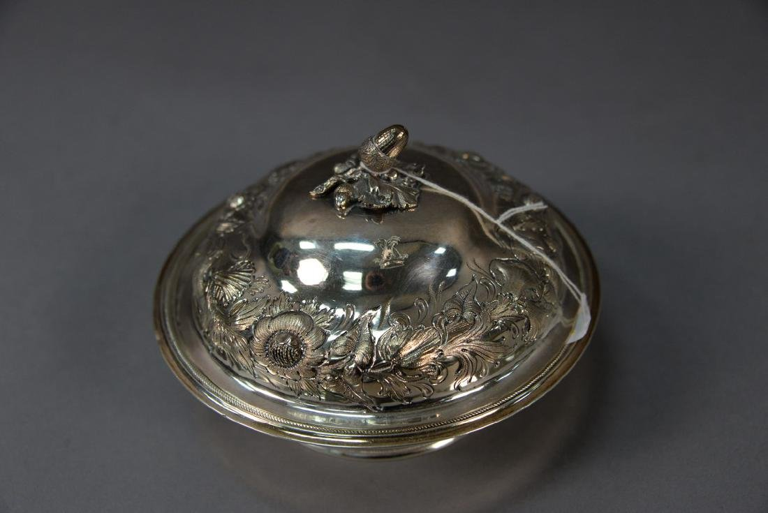 Silver butter dish with repousse cover and acorn top - 2