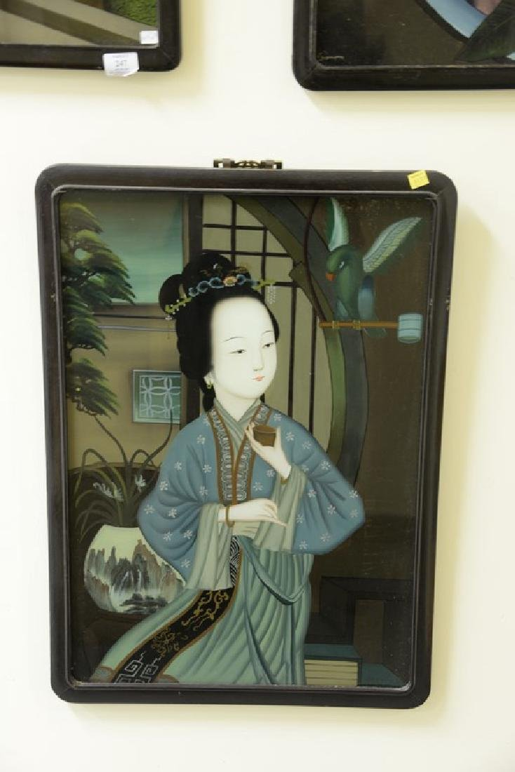 Set of three Chinese School reverse paintings on glass - 2