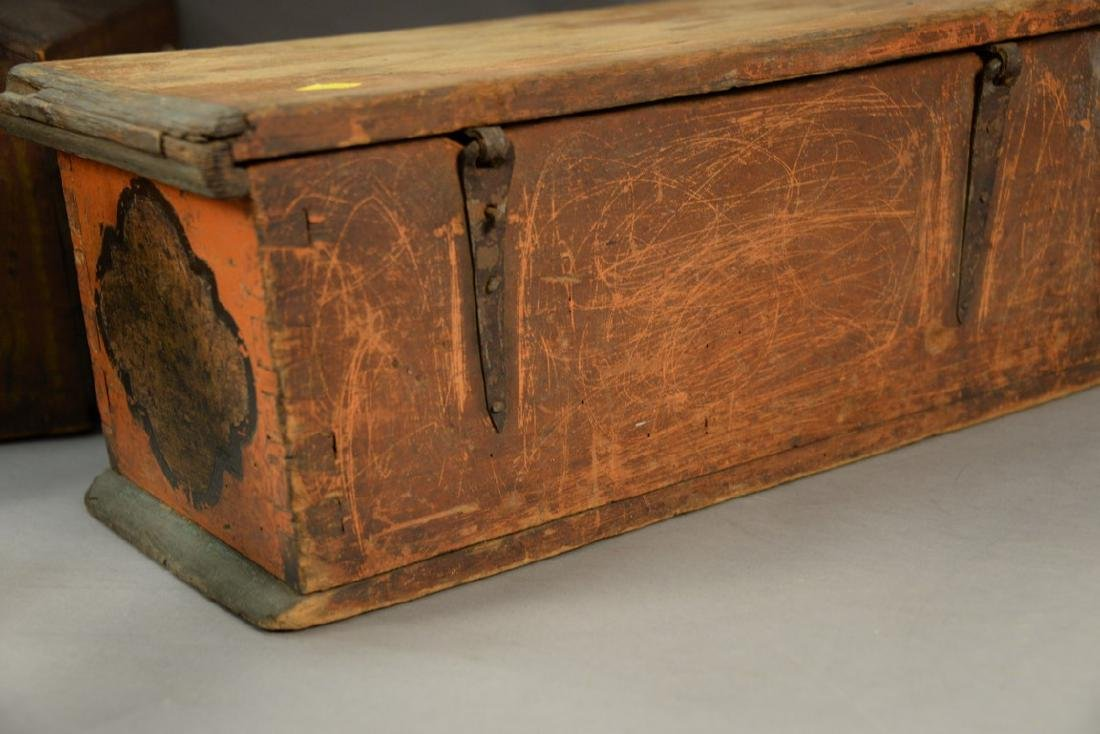 Small 18th century lift top box painted salmon, light - 3