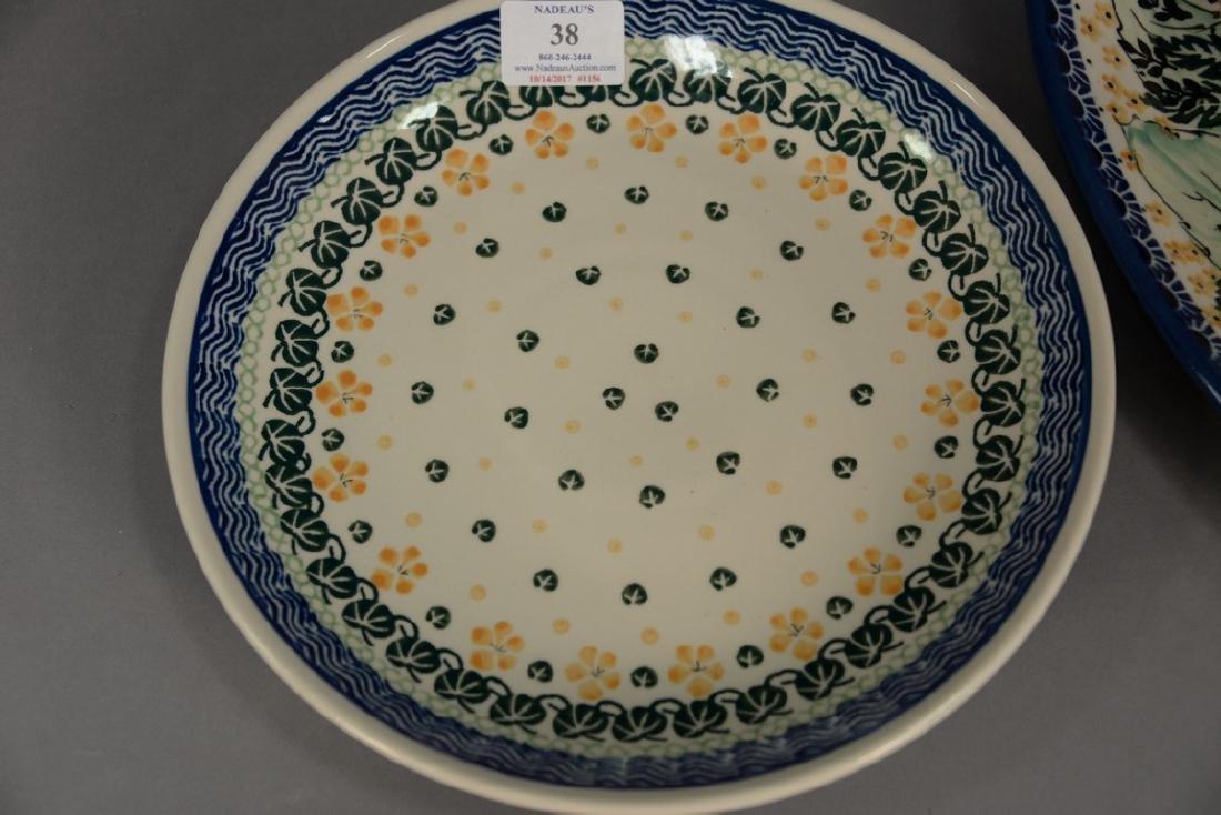 Twelve handmade Polish pottery pieces to include a set - 2