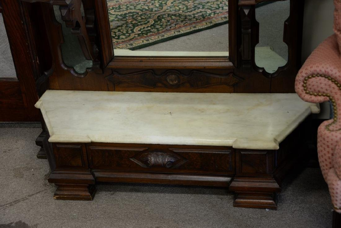 Large Victorian walnut hall mirror with carved shell - 4