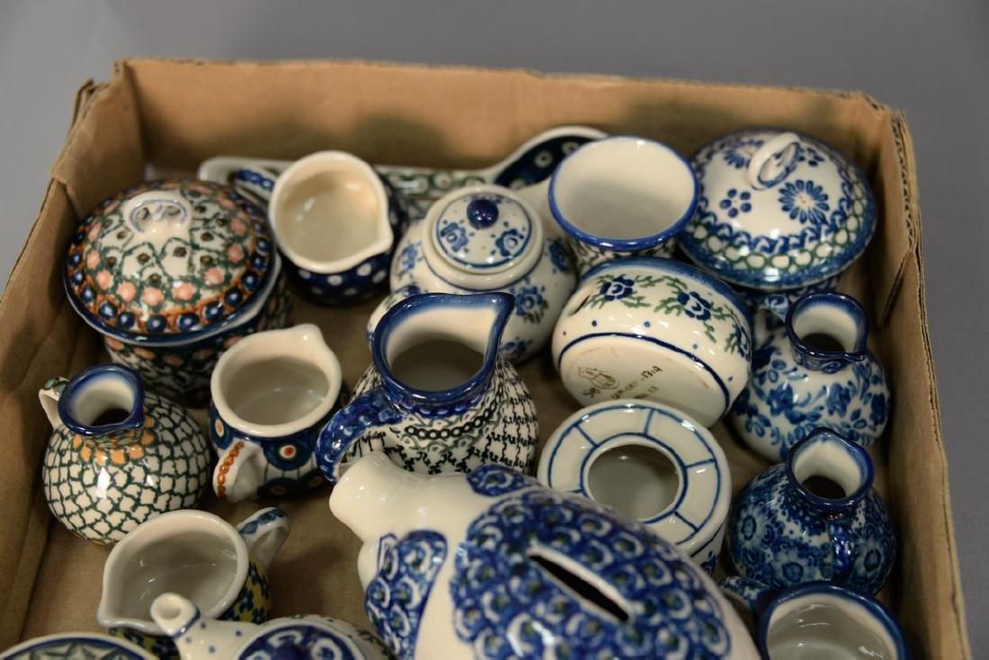 Tray lot of miniature handmade Polish pottery pieces - 2