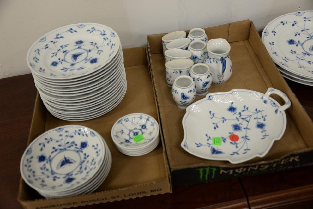 Seventy-five piece Danish porcelain blue and white - 3