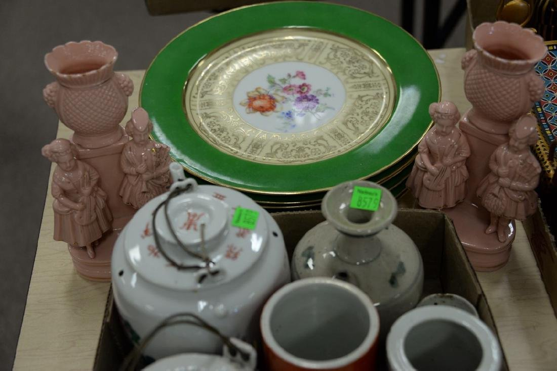 Box lot of Chinese porcelain cosmetic boxes, tea pots, - 3