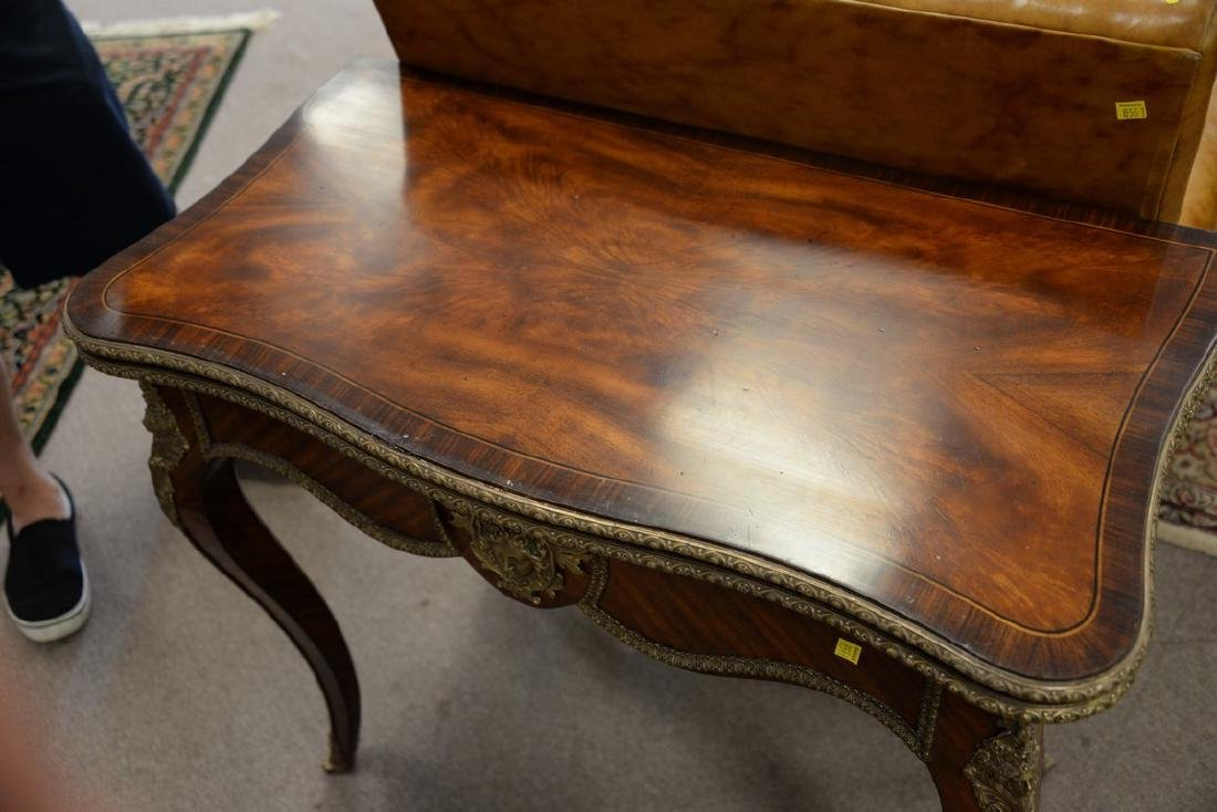 Louis XV style game table, opening to leather playing - 3