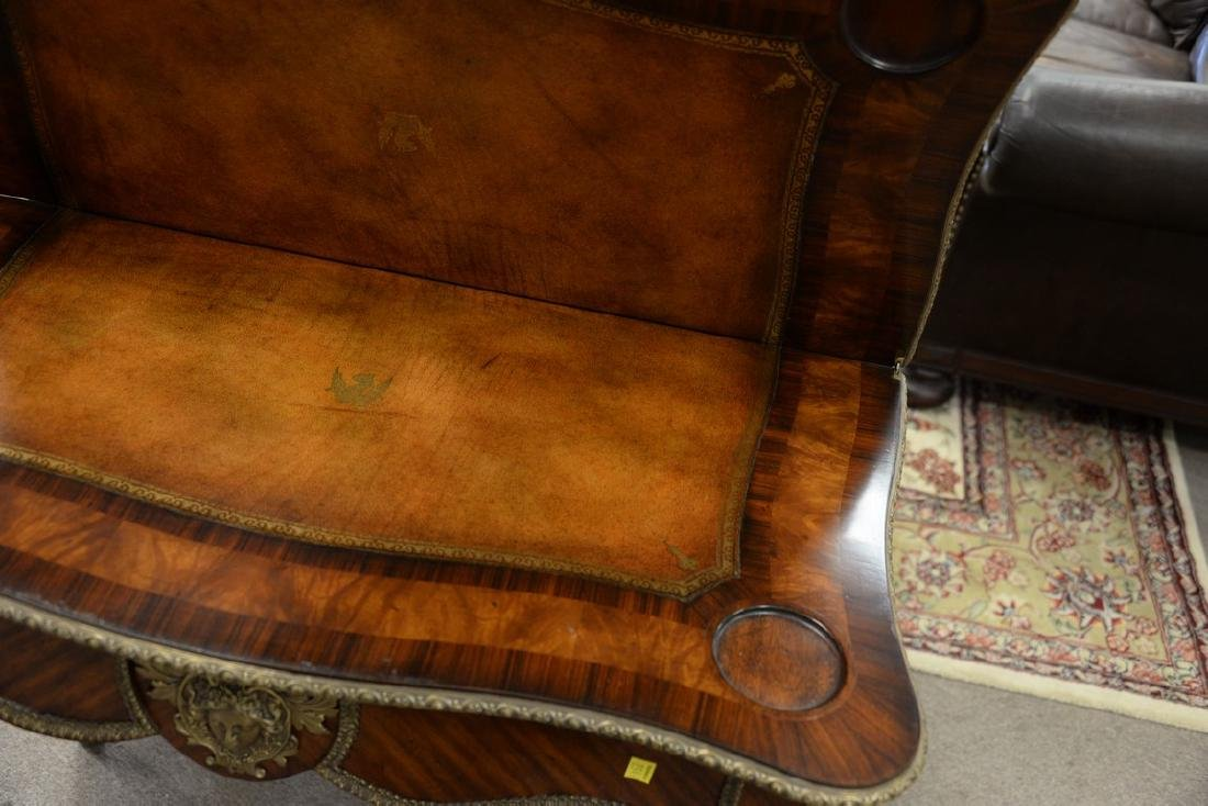 Louis XV style game table, opening to leather playing - 4