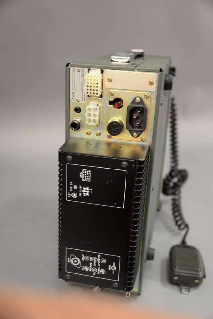 IcomIC-751A HF Transceiver radio. - 3