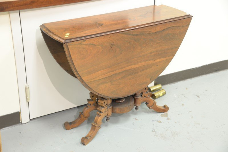 Rosewood Victorian drop leaf table, 19th century. ht. - 3