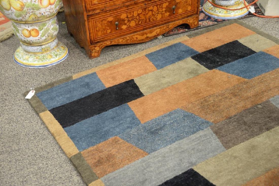"""Contemporary handmade rug. 5'6"""" x 8'7"""" - 2"""