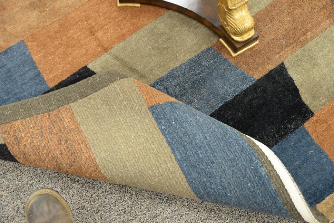 """Contemporary handmade rug. 5'6"""" x 8'7"""" - 3"""