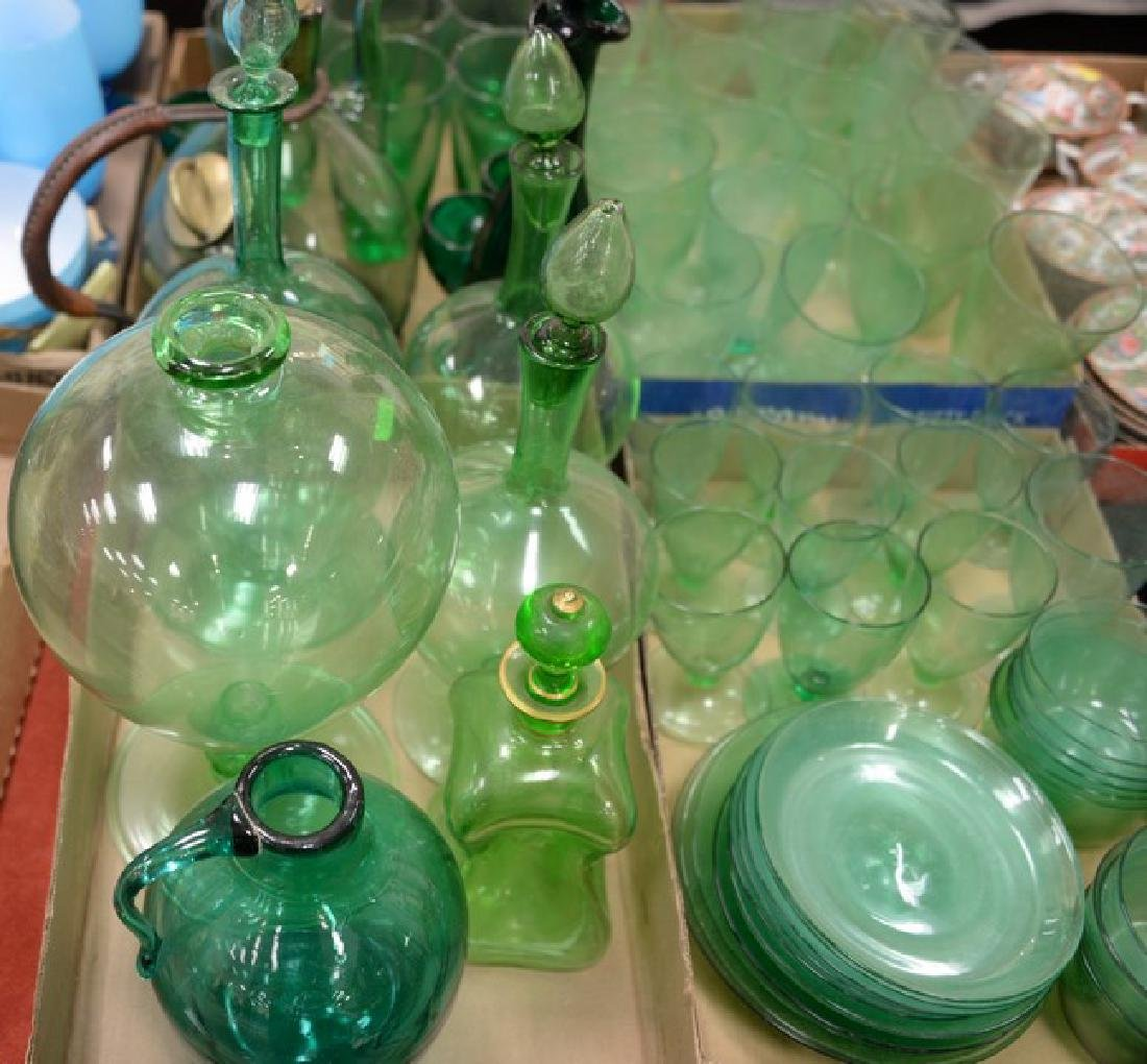 Six box lots to include 19th/20th century green glass