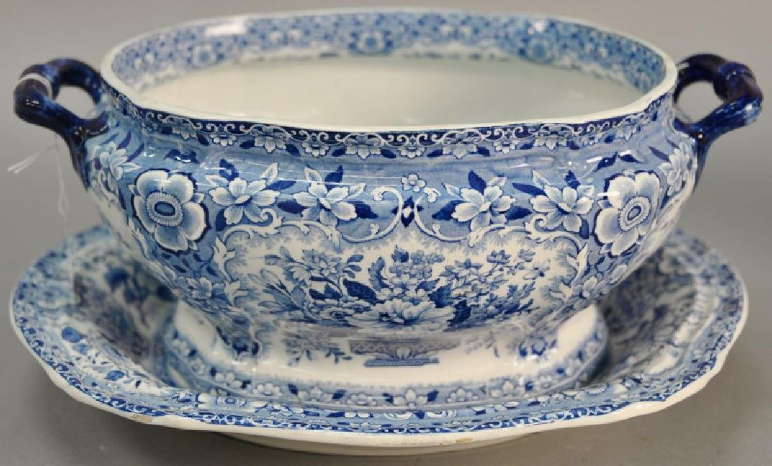 Blue and white Tureen & underplate, marked Nanking Semi