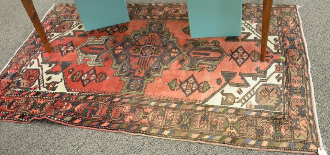 "Oriental rug, 4'4"" x 7'"