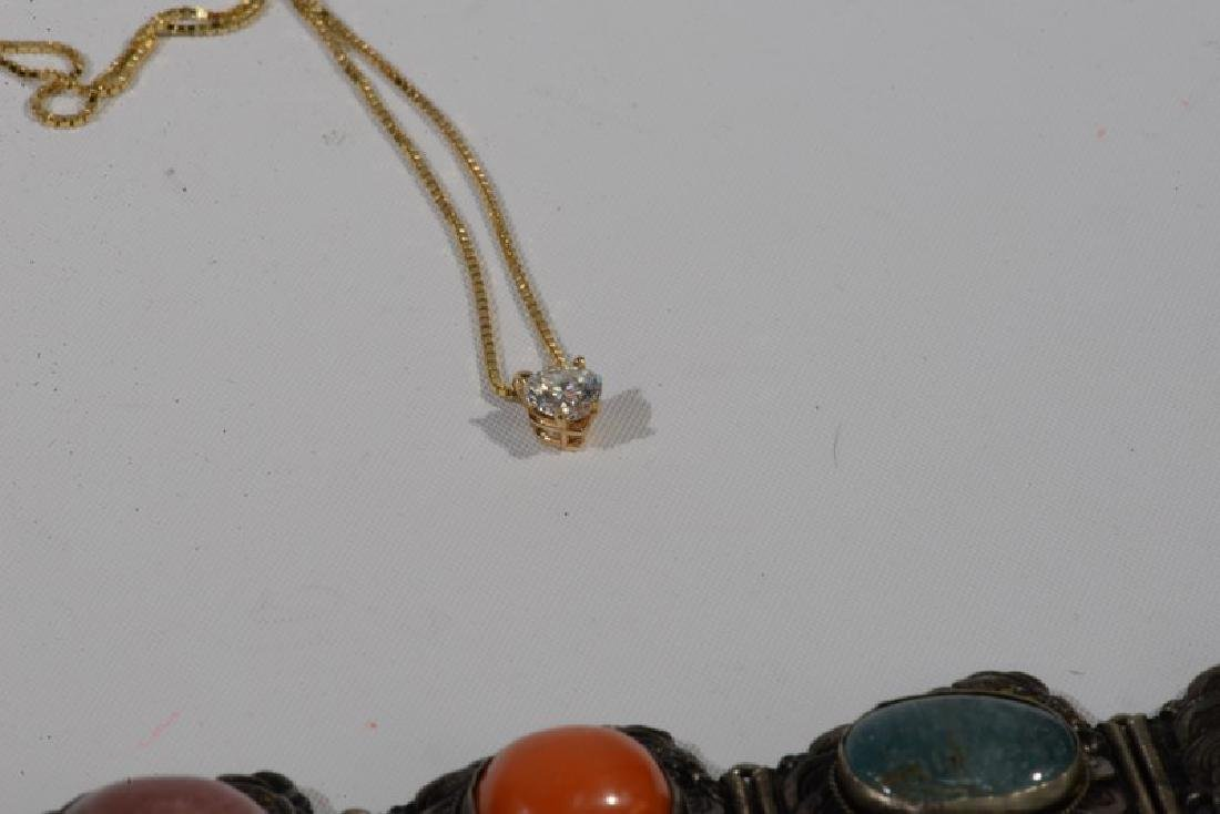 NO CREDIT CARDS FOR JEWELRY  14 karat yellow gold chain - 5
