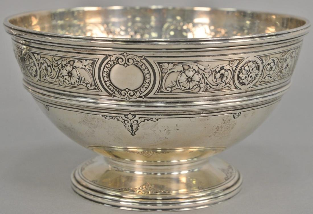 Sterling silver footed bowl. ht. 5in., dia. 9in., 27.8
