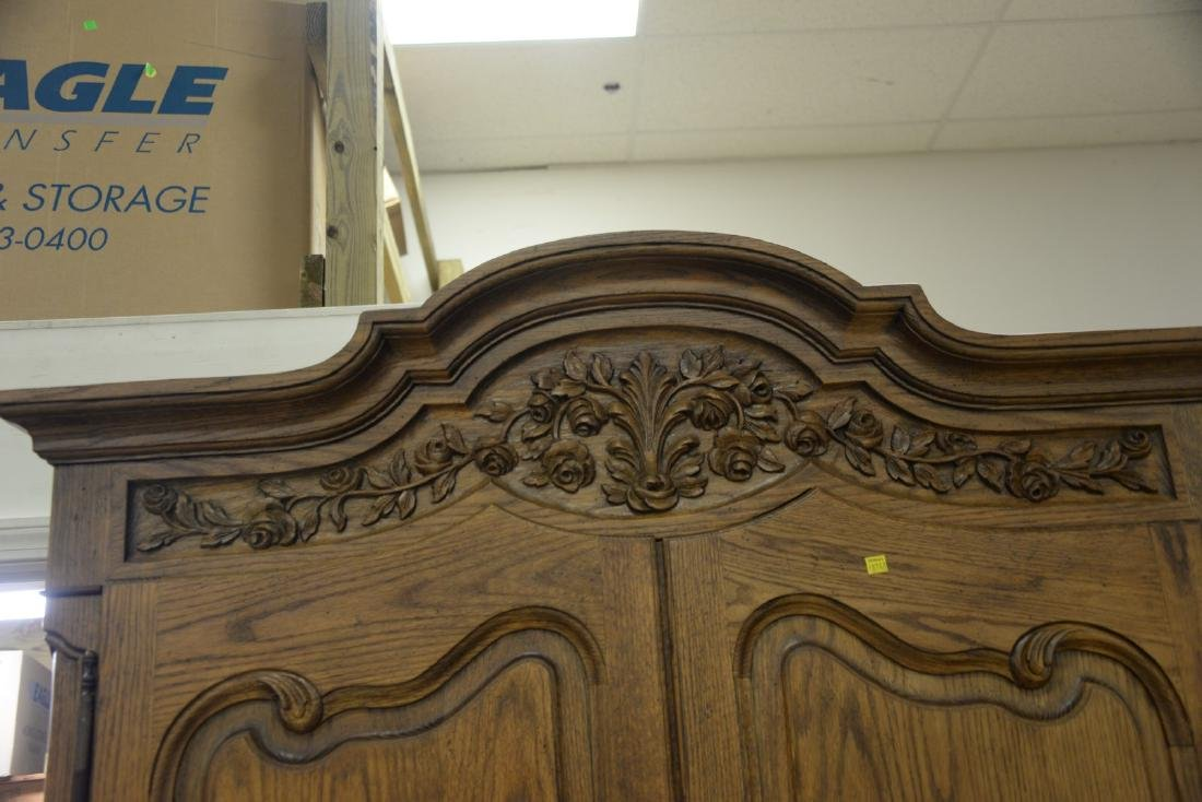 Louis XV style two door armoire with four fitted - 3