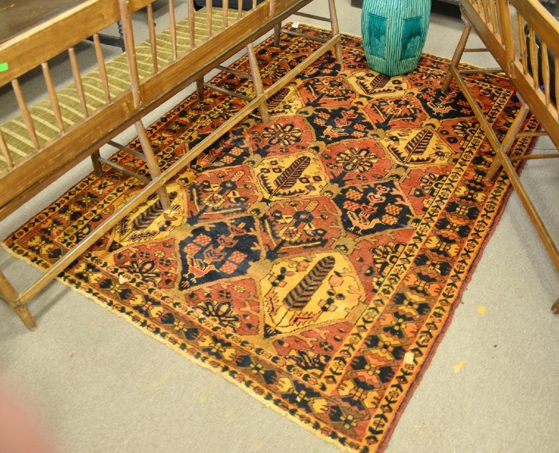 Oriental area rug. 6' x 7'