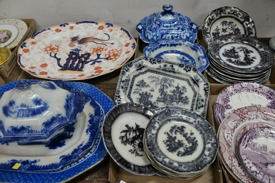 Four tray lots of Staffordshire blue and white covered