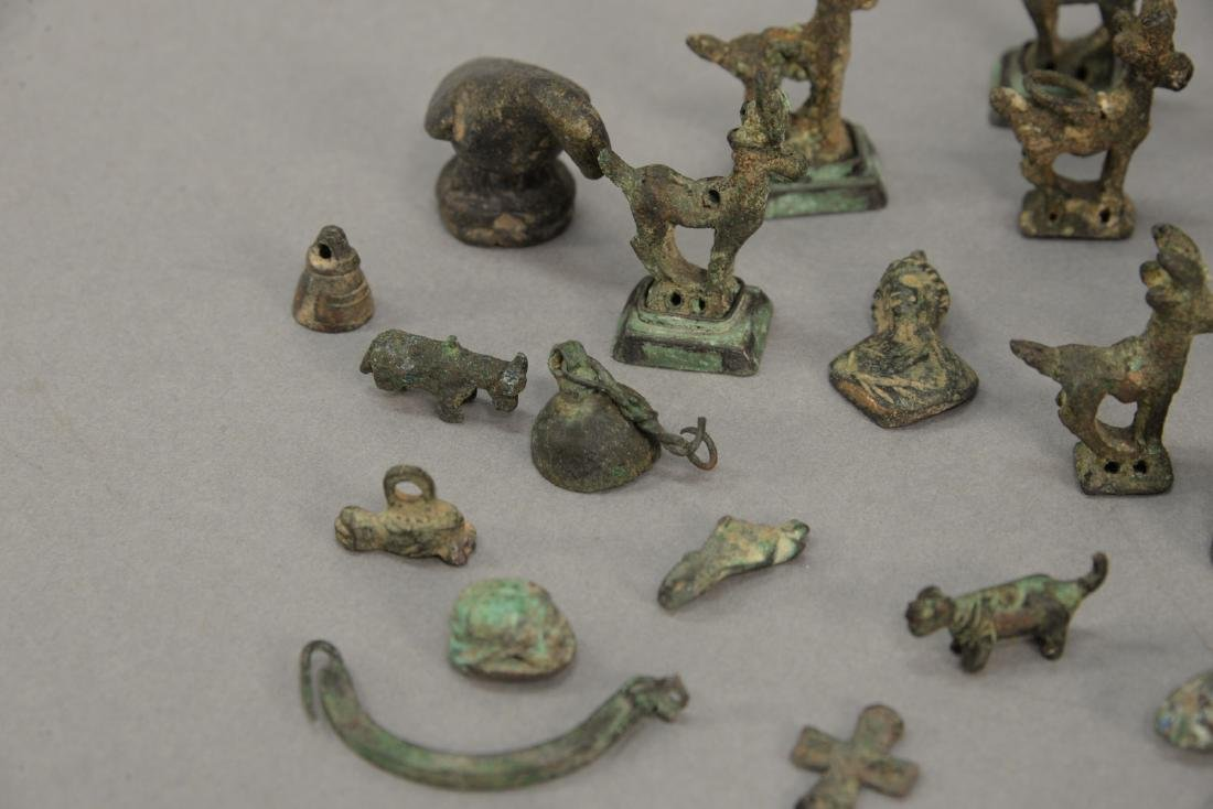 Group or miniature archaic bronze and metal figures and - 4