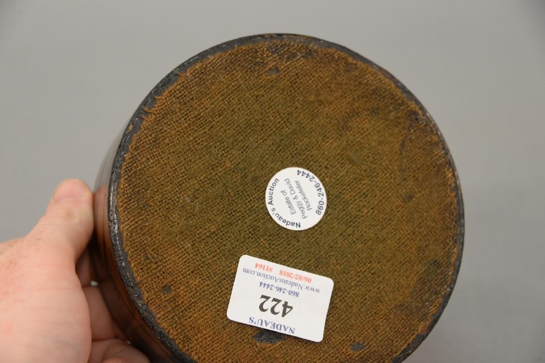 Lacquered papier mache wine coaster with original gilt - 4