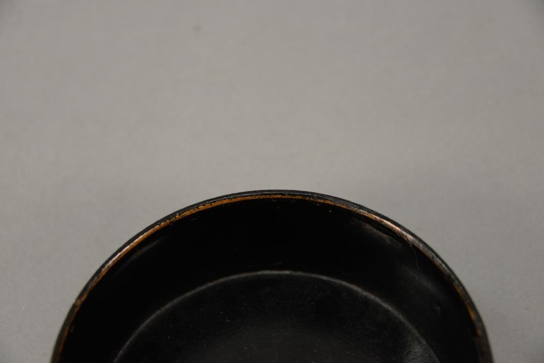 Lacquered papier mache wine coaster with original gilt - 5