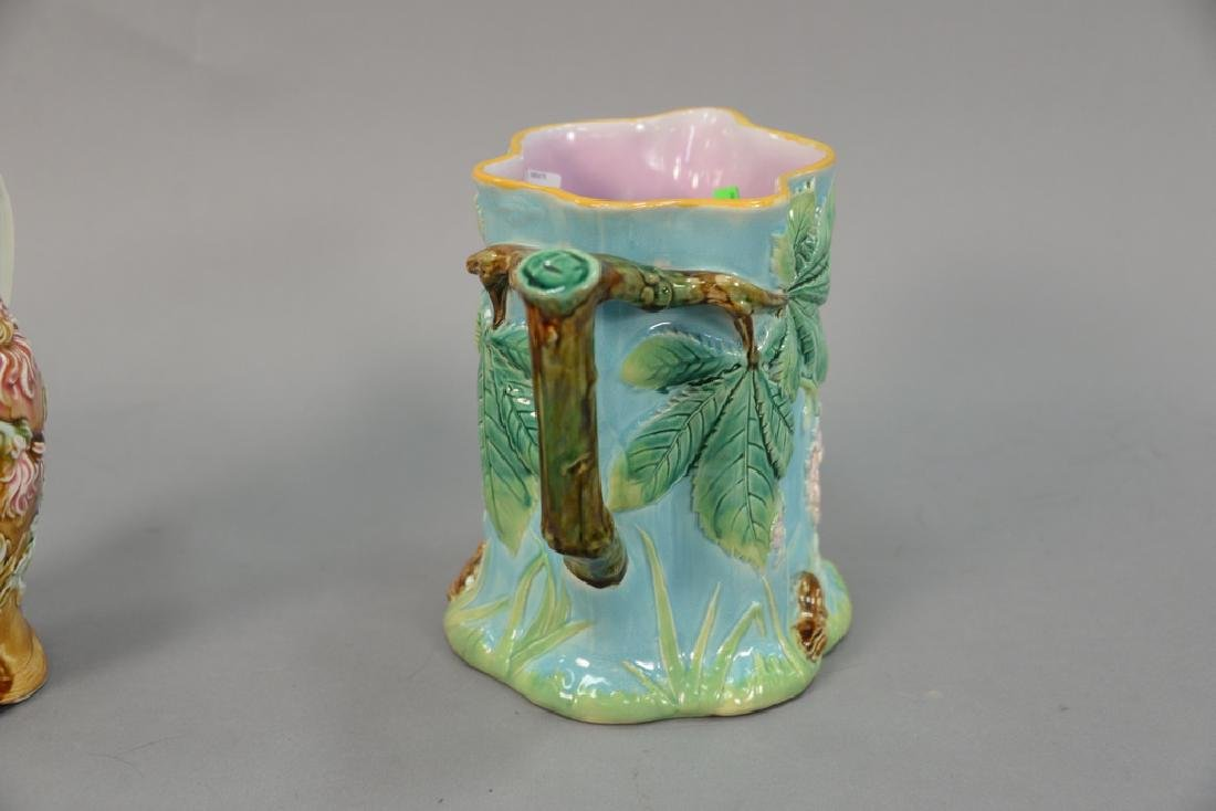 Two Majolica pitchers Frie Onnaing 812 floral pitcher - 3