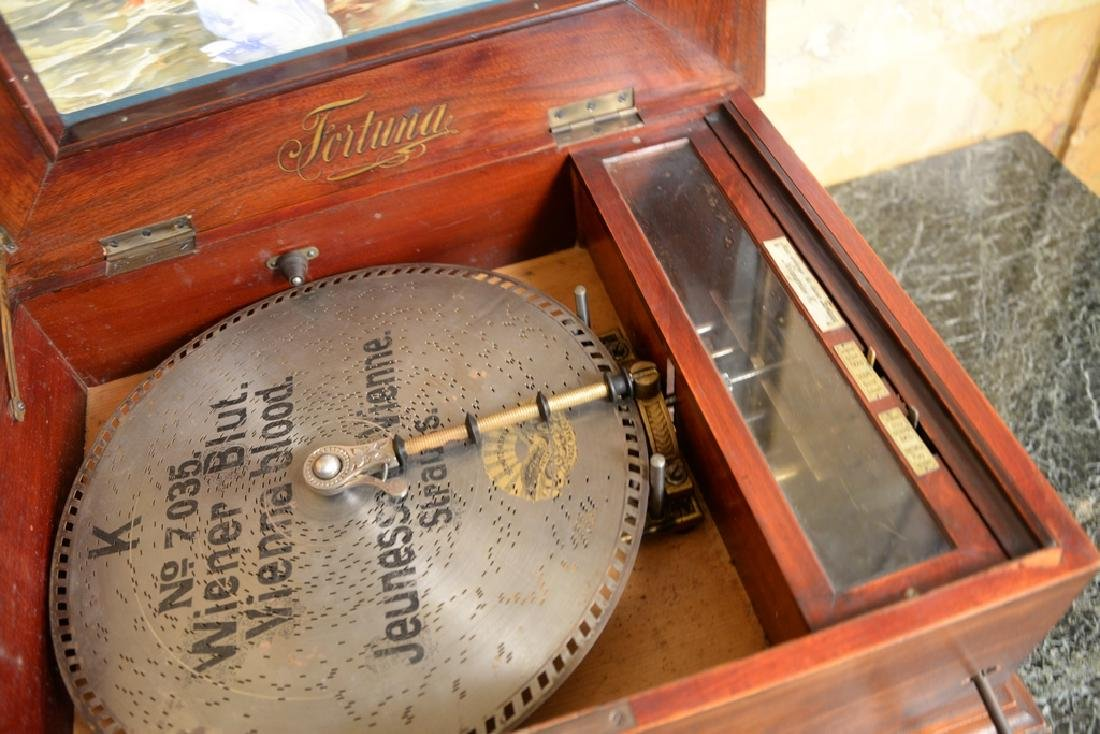 Leipzig disc music box in working condition with double - 4
