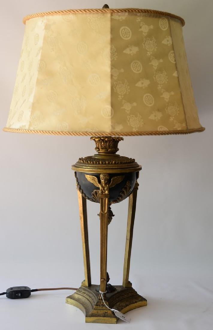 Bronze and gilt bronze urn made into a table lamp (shad