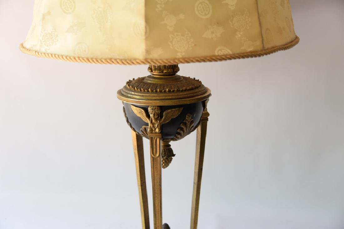 Bronze and gilt bronze urn made into a table lamp (shad - 2